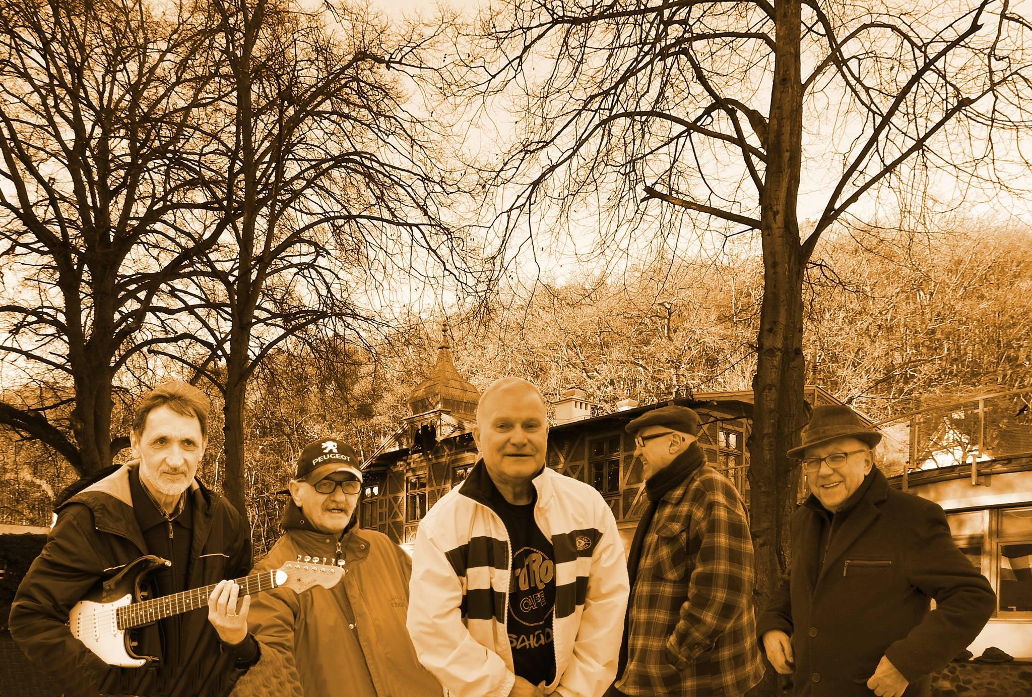 100% rock and rolla – Muzyczna Grupa Rekonstrukcyjna