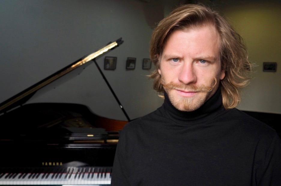 Roman Wróblewski – piano